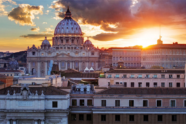 Researchers begin high-tech study of Vatican courtyard